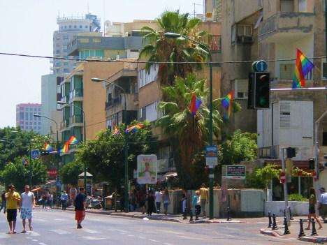 Ben Yehuda Street an hour before parade